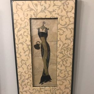 'Elegant Gowns' 🖼 Picture Frame